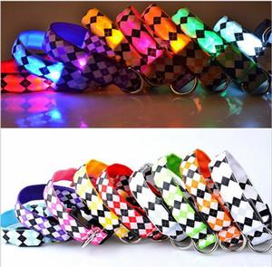 D30 USB recargable collar de perro de 2,5 cm de ancho luces de nylon con emisores de luz LED collar del animal doméstico collar de perro diseño del Rhombus envío gratis
