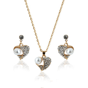 2017 l'ensemble du réseau explosion Peach Pearl bijoux ensemble diamant bijoux ensemble style européen pull collier gros fabricants
