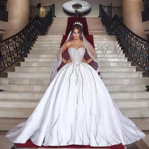 Dubaï arabe 2018 exquise paillettes perlées robe de bal robes de billes robes de mariée de luxe Bling Sweetheart long train Robes de mariée sur mesure FR102311
