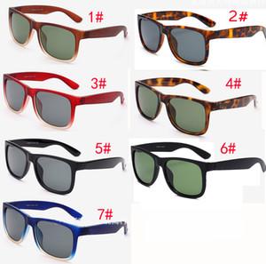 nouveau lunettes de soleil en verre de la marque plage Mode pour hommes et femmes sport unisexe Lunettes de soleil Black Frame Lunettes de soleil 7color LIVRAISON GRATUITE