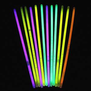 Multi Color Hot Glow Stick Pulsera Collares Fiesta de Neón Luz Intermitente Stick Novedad Juguete Concierto Flash Sticks IC607