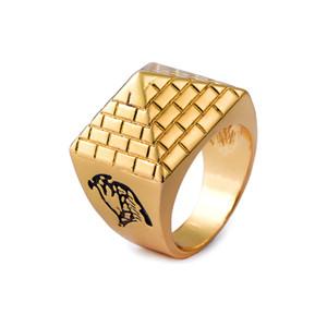 Vintage Mens Ring Pyramid Cone Ring Egipcio Totem Alloy 18K Gold Plated Jewelry Tamaño del anillo 8 9 10 11