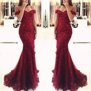 Deslumbrantes cristal Borgonha sereia Vestidos de baile Off The Querida acostamento Tulle Lace Pavimento Length Vestidos Formais