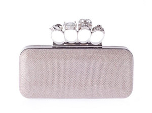 Nouveaux strass Sacs d'embrayage Femmes Diamants Anneau de doigt Bridal Main Sacs Mariage Crystal Mariage Sacs à main Bourse Sacs Sacs Sacs