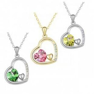 Crystal Heart Pendant Inlaid Diamond Necklace Alloy Crystal Jewelry for Women Fashion Accessories Party Dress Christmas Gift