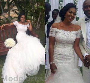 2019 New African Mermaid Wedding Dresses Off Shoulder Short Sleeve Ruffles Sweep Train Lace Arabic Bridal Gown Vestido De Noiva Cheap Custom