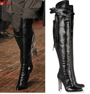 Diseño de lujo negro de cocodrilo en relieve de cuero botines para mujer flecos botines punta estrecha de tacón de aguja tacones bota Over The Knee Boots mujeres