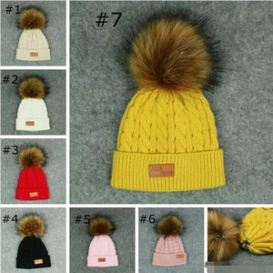 Sonbahar Kış pom pom şapkalar çocuklar kürk ponpon şapkalar Doğal Kürk Şapka Rahat Düz Renk Örme Kasketleri Şapka Çocuk Skullies Caps 20 adet