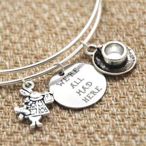 12pcs Alice nel Paese delle Meraviglie Siamo tutti matti qui Charm Bangle, Silver Tea Cup, White Rabbit Fables e Fairytale Gift For Her