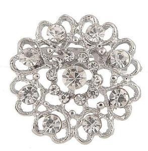 2017 New Fashion Crystal Brooch Scava fuori Personalizzato a forma di cuore Diamante Strass Flower Brooch Flash Gioielli all'ingrosso