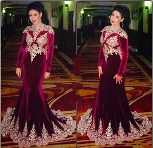 2017 Mode Velours Bourgogne Robes De Soirée Vintage Manches Longues Or Appliques Arabe Dubaï Longue Mère de Mariée Robes De Soirée Robe