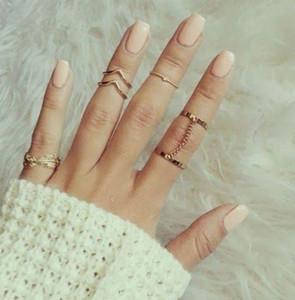 Moda Yüzükler 6pcs / set Parlak Punk tarzı Altın / Gümüş İstifleme midi Parmak Knuckle Charm Yaprak Yüzük Seti kadınlar Takı Zincir Rings yüzük kaplama
