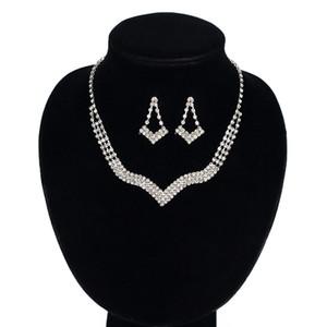 Gümüş renk Takı Kristal Kolye Küpe Setleri Rhinestone Düğün Takı Setleri Gelinler Kadınlar Için Set Aksesuarları toptan