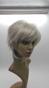 XT828 Cheveux de fibres chimiques 13Inch cheveux raides courts gris en couches nouvelle coiffure cheveux femmes dentelle naturelle perruque