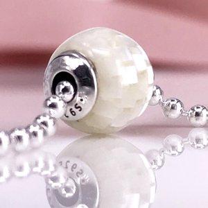 Gioielli stile europeo 925 Sterling Silve Bead GENEROSITY Essence Style Charms Fit Bracciale fai da te Essence 796079MMW