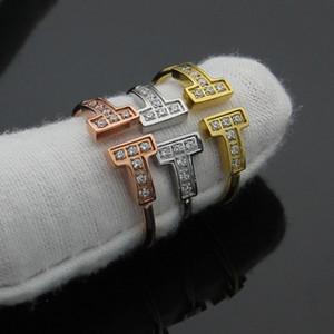 Nova rosa de ouro prata titanium aço pated abertura duplo T carta anéis para as mulheres da moda anel de dedo de cristal anel de amor bague femme men