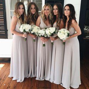 Gri Uzun Gelinlik Modelleri Örgün Kat Uzunluk Mütevazı Şifon Plaj Nedime Elbiseler Derin V Boyun Düğün Parti Elbise