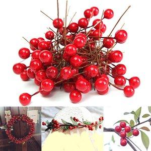 Atacado-90 pçs / lote Red Artificial de Natal Baga de Frutas Artificiais Holly Flowers Pick DIY Artesanato Casa de Casamento Xmas Decoração Do Partido Da Árvore Ornamento