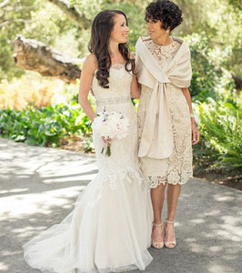 2017 Vintage Tee Länge Spitze Über Rock Mutter der Braut Kleider Sheer Rundhalsausschnitt Kurzarm Mutter Party Kleider
