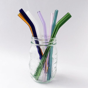 Very perfect Barely Bent Glass Straw Set of 4 withstand temperatures below freezing and up to 1500 degrees Fahrenheit vs plastic metal straw