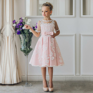 Nouvelle arrivée enfants jupe dentelle blanche princesse fleur fille robes dentelle appliques communion robes filles robes de reconstitution historique