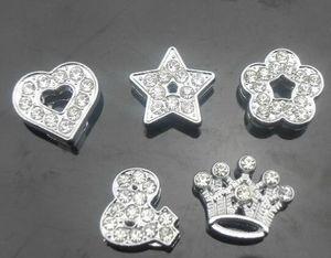 Оптовая 100 шт. / лот 10 мм mix стили (сердце звезда корона цветок) полный стразами слайд прелести, пригодный для 10 мм DIY кожаный браслет