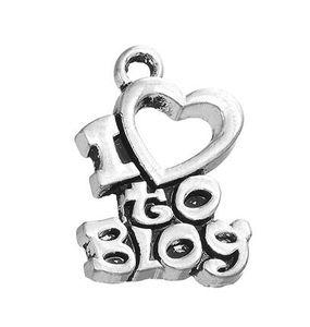 20 adet / grup I Love Blog Tatlı Aşk Mesaj Çinko Alaşım Metal Antik Gümüş Kaplama Kalp Takı ile Sıcak Satmak Charm DIY NecklacesBracelet