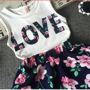 2017 Baby Girls Dress Set LOVE Tops + Flower skirt 2pcs Pretty Flowered Cotton Kids Imposta Summer Children Girl Clothing Set