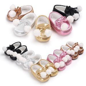 Inverno Neonate Bow Scarpe in cotone Infant Mocassino-gommino Soft Soled Scarpe Solid PU pelle Prewalker Neonato Cartoon Cute Boots