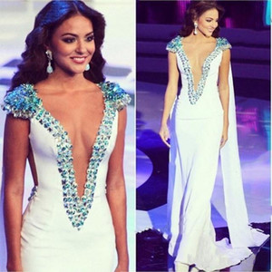 Charming Deep V neck Sexy Shawl Evening Gown Beaded Crystal Mermaid Celebrity Dresses Long Turkey Kaftans Zipper Back Prom Party Dresses