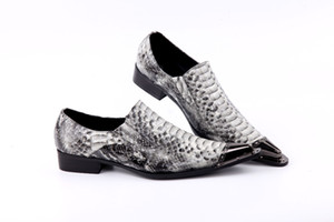 2017 new arrival genuine leather pointed toe metal tip gray python handmade men leather dress shoes fashion hairdresser shoes