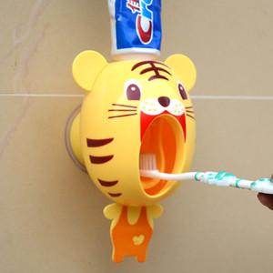 Cartoon perezoso dispensador automático de pasta de dientes Creativo titular de cepillo de dientes de plástico Tiger Pig Panda diseño suministros de baño para niños 9 7dm A