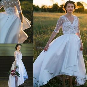 2020 Land A Line Brautkleider V-Ausschnitt handgemachter Blumen Halbarm Satin High Low-Länge plus Größen-Partei-Kleid-Brautkleider