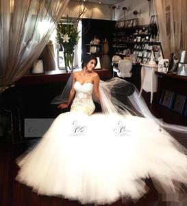 최신 아가 마술 웨딩 드레스 레이스 Appliqued Illusion Bodices 신부 가운 Tulle Ball 가운 빈티지 비치 웨딩 가운