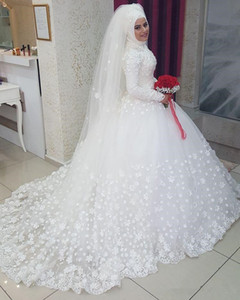 Elegant Muslim Wedding Dresses with long sleeves Ball gown 3D flowers high neck bridal gowns lace appliques wedding gown