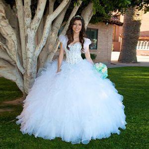 Bling Bling robes de cou Quinceanera blanc Avec veste Superbes volants Sweety vestido debutante plus la taille Robes robes 15 ans