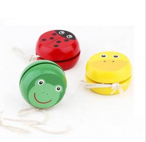 3 pz / lotto Carino animale yo-yo giocattoli Cuscinetto Professionale Farfalla Yoyo Giocattoli di legno di Alta Precisione Gioco Puntelli Speciali diabolo giocoleria