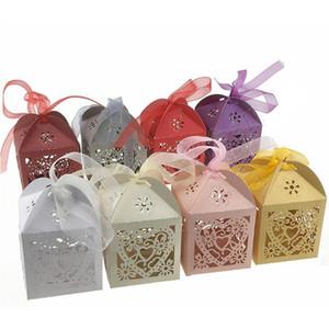 Caixas de presente do corte do laser do coração do amor com os sacos dos doces do partido das caixas do casamento do malote da caixa do favor de casamento da fita