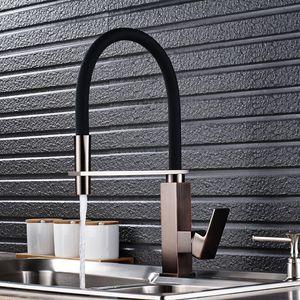 Atacado e Varejo Kitchen Sink torneira Single Handle Pull Out torneira misturadora com borracha preta Matt corpo vermelho Finish