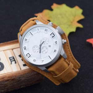 Wholesale Reloj de Lujo Cronógrafo Hombre Cuarzo Relojes deportivos multifunción Seis Pin Calendario Cinturón Hebilla Relojes de ocio Entrega gratuita