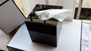 2014 Limited Edition Luxury C High Gloss Arcylic Tissue Box Magnet Open Design Полотенце Tube стол Украшение свадебного подарка с подарочной коробке