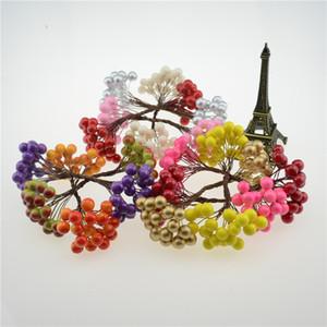 Al por mayor-20pcs / 40head Pearl doble Head Berries Mini fruta artificial falsas bayas Artificial Red Cherry Cherry Bouquet Stamen navidad decorativos