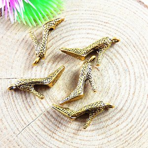 Wholesale-20pcs/pack Gold High-heel Shoes Charms Vintage Women Necklace Pendant 23*14*4mm Jewelry Bracelet Accessories Fine Handmade 51173