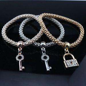 Schmuck Mais Kette Armbänder drei in einem Gold / Silber / Rose Gold Strass verziert Lock Key Stretch Seil Armband Set