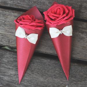 New Wedding Caramelle Scatole Rose Paper Flowers Cono Shape Bowknot Diamond Vari colori Caramelle Scatole Scatole di carta