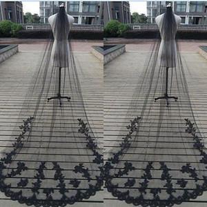 Atemberaubende Maßarbeit Gothic Black Veil One Layer Tüll Halloween Brautschleier mit exquisiten Spitzenapplikationen Sweep Train