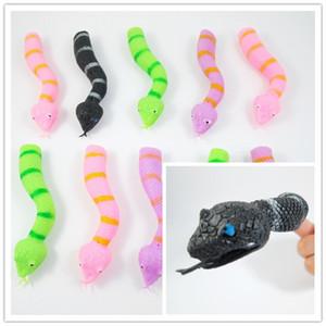Funny Prank toys Snake Finger Puppets TPR Plásticos blandos Accesorios de narración mezclan colores Los juguetes de April fool