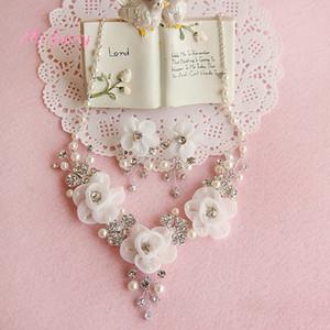 Nupcial Chic Conjuntos de Jóias de Casamento Impressionante Nupcial Flores De Tule Cristais Colares Conjuntos Brincos Moda Acessórios Do Casamento H110