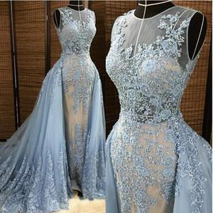 Cuello de ilusión Apliques de encaje azul Falda larga Vestidos de noche 2019 Perlas de abalorios Vestidos de fiesta formales árabes para invitados nupciales Prom Vestido de desfile