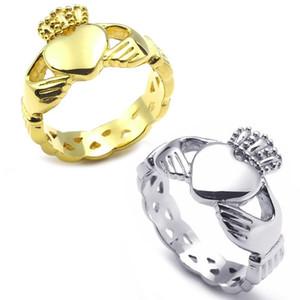 Anel de aço inoxidável das mulheres da forma do coração da faixa do coração de Claddagh da faixa do amor, tamanho do ouro 6 7 8 9 10 11 12 13